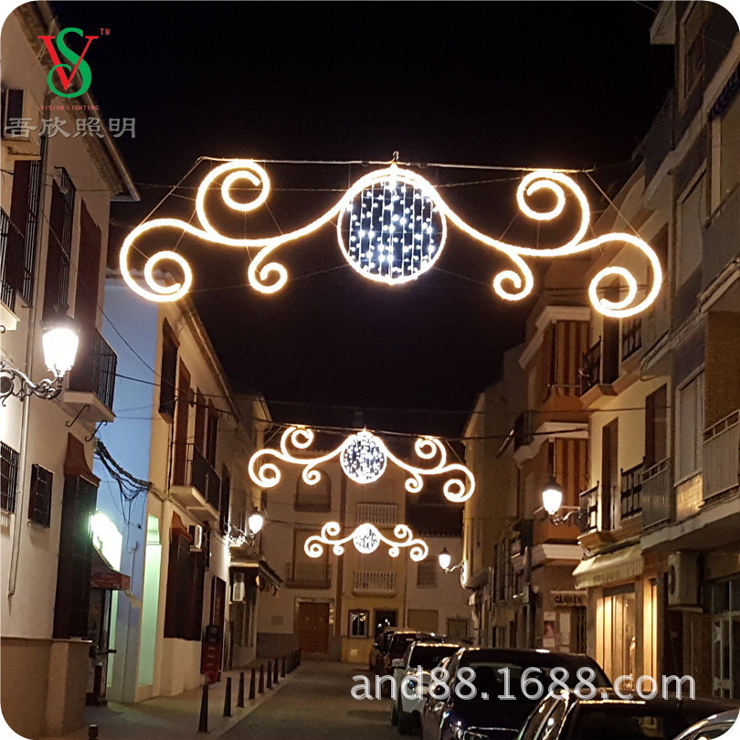Christmas holiday decorative stree cross motif lights